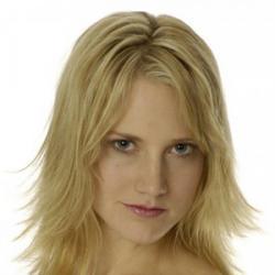 Sonja Bennett - Actrice