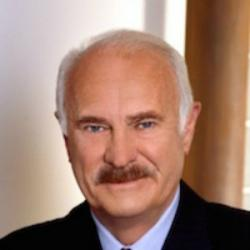 Dabney Coleman - Guest star
