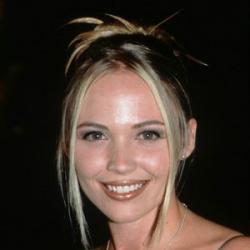 Lara Cox - Actrice