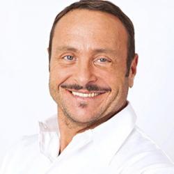 Vincent Ferniot - Présentateur