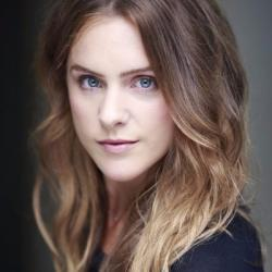 Kelly Gough - Actrice