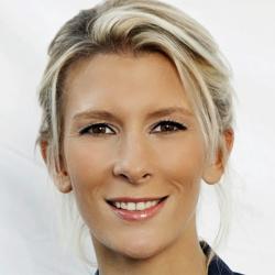 Hélène Gateau - Présentatrice