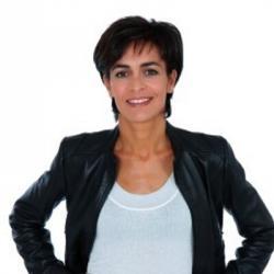 Esther Mamarbachi - Présentatrice