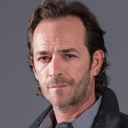 Luke Perry - Guest star
